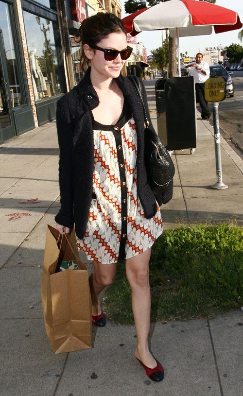 Rachel Bilson wearing batik print. [I think that's maybe not a print, but real batik.]
