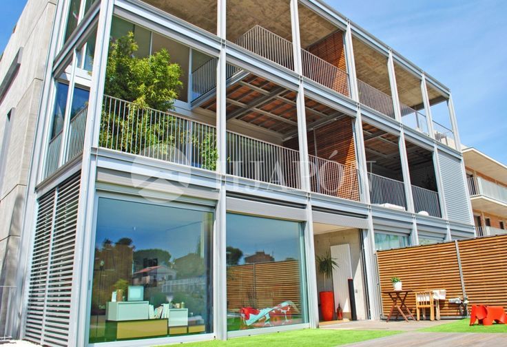 Exclusive duplex for sale in Tiana, 15km away from Barcelona and 20km from Mataró, Catalonia