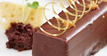 Rezepte von Meisterköchen - #Nüsse online kaufen im Nuss Shop von #KERNenergie #Erdnuss-Karamell-Riegel mit Jivara-lactée-Schokolade