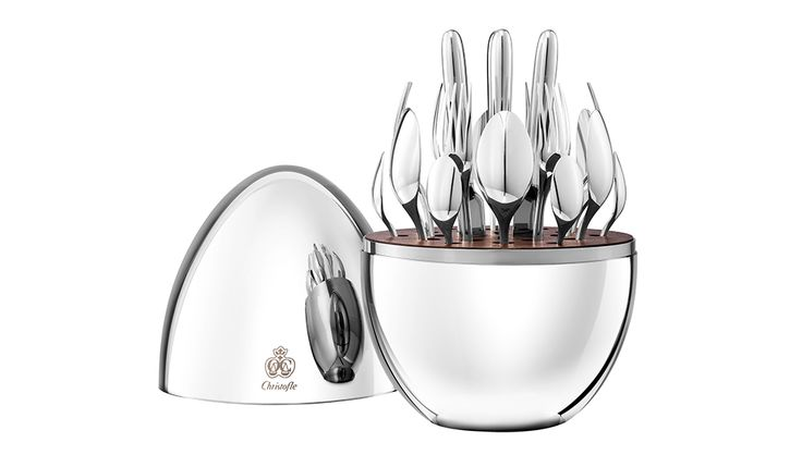 Charm your guests with this Christofle Flatware set
