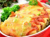 Pencinta pasta saatnya menikmati hidangan unik yang satu ini, Cheese Cannelloni with Spinach!   Resep: http://resepkita.com/detailResep.asp?recId=507