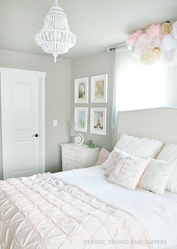 Pink and White Girl's room