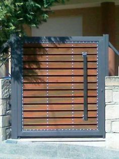 17 best images about rejas puerta y ventanas on for Portones de madera y hierro