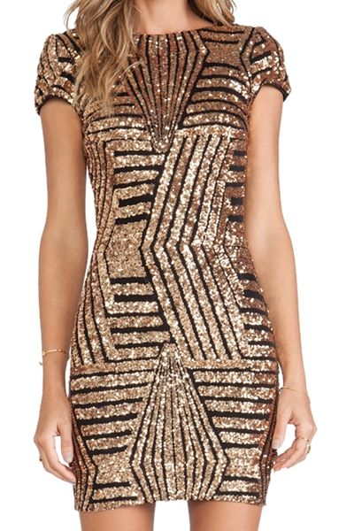 Lindo demais! #Gorgeous Sequins Backless Short Sleeve Dress