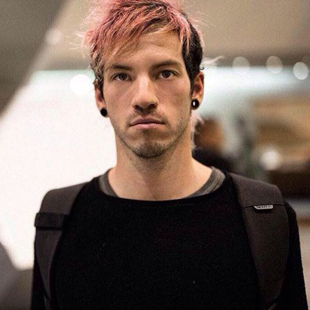 Josh Dun wiki, affair, married, Gay with age, height