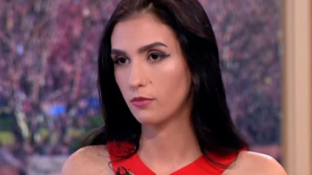 Sa première fois aura coûté 2,3 millions d'euros à son partenaire. Une mannequin roumaine de 18 ans a vendu sa virginité au plus offrant, rapporte Libération ce lundi. Pendant six mois, un site d'escorts allemand a mis aux enchères un rapport sexuel avec la jeune femme. C'est...