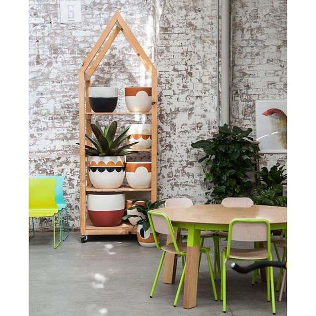 Deck the halls with heaps of pot plants. You asked, and we heard you. You can now view all the available sizes, designs and prices for the new Pop and Scott Modernist range at Koskela on our webstore.