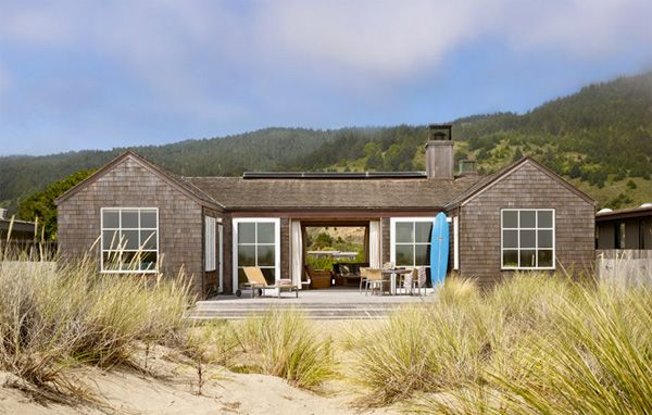 Stinson Beach House in Stinson Beach, California  (ScavulloDesign)