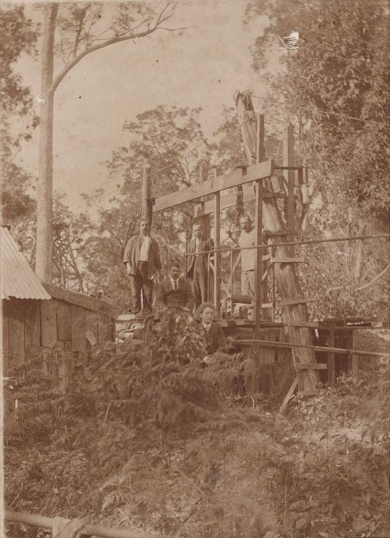 2979B/2: Cornwall Tin Mine, Greenbushes, 1912 http://encore.slwa.wa.gov.au/iii/encore/record/C__Rb1960211?lang=eng