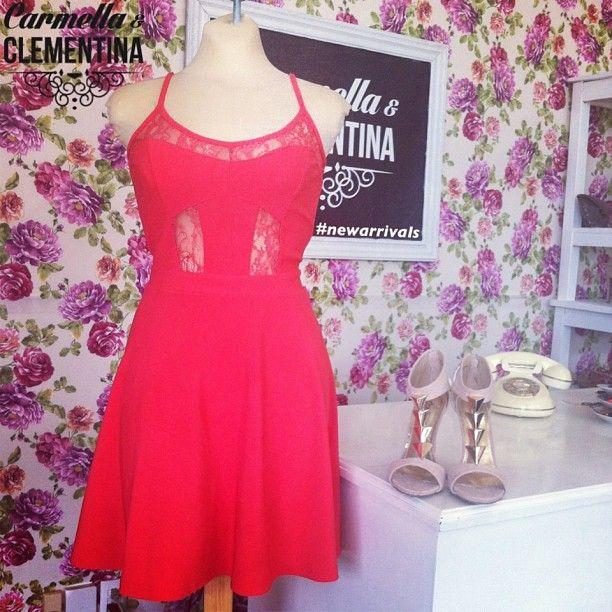 #Carmella tambien usa el Rojo/Coral