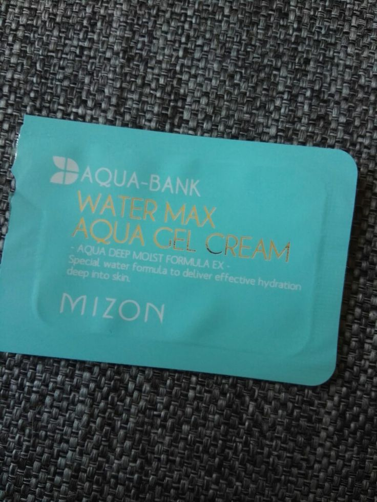 Mizon aqua-bank water max aqua gel cream. Mild and smooth, easy to put on. Very comfortable! Recommended!