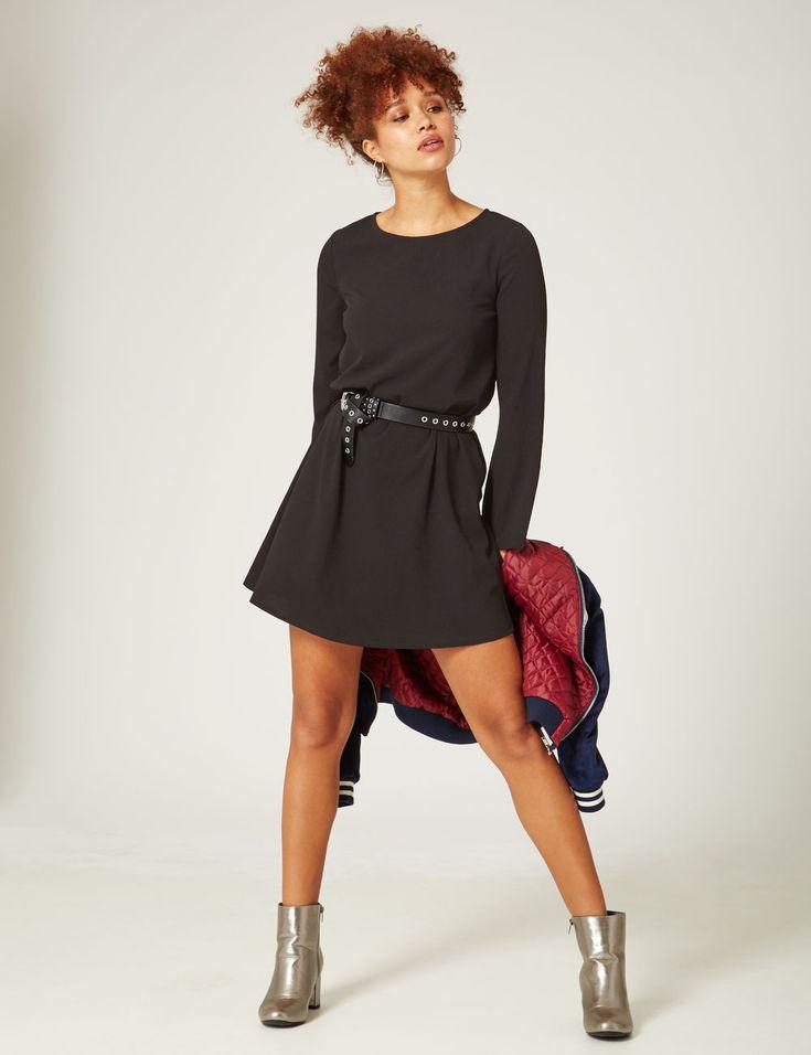 robe trapèze manches évasées noire - http://www.jennyfer.com/fr-fr/vetements/robes/robe-trapeze-manches-evasees-noire-10016329060.html