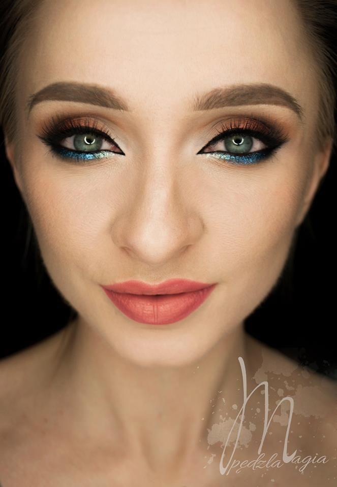 Devinah eyeshadows