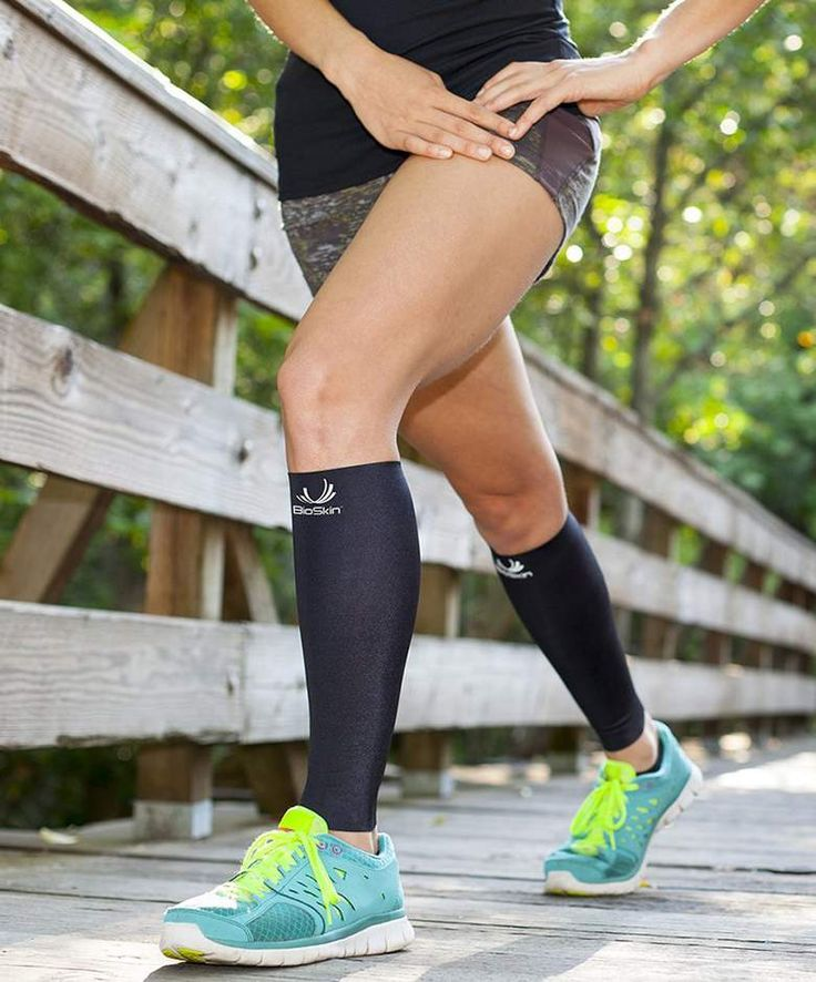 Top 10 Best Calf Compression Sleeves for Runners - http://comicons.com/top-10-best-calf-compression-sleeves-for-runners/