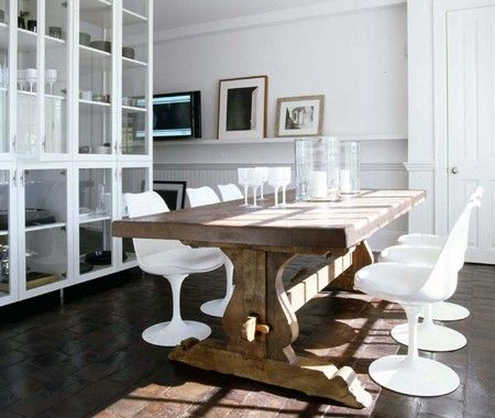 Vincente Wolf!: Dining Rooms, White Chairs, Modern Chairs, Tulip Chair, Rustic Tables, Wood Tables, House, Farms Tables, Dining Tables