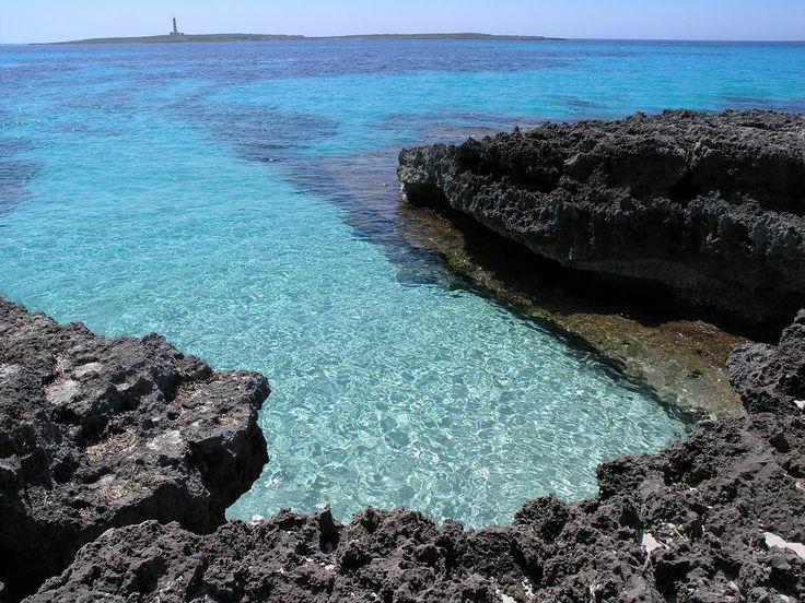RT @Escranc: Punta Prima #Menorca porque la belleza penetra en el corazón! #menorcamediterranea