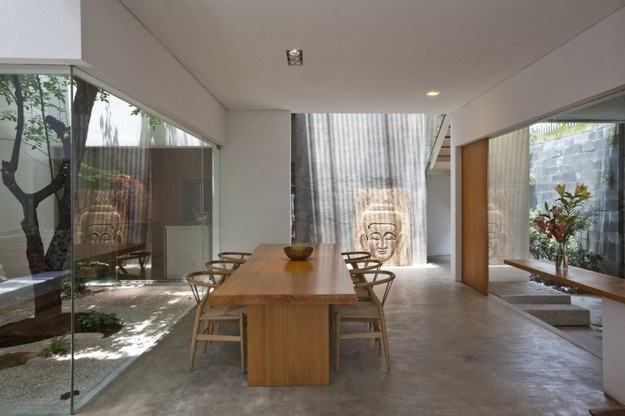 M11 House by a21studio