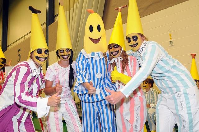 Rentrée 2012 Les bananes / Ergothérapie UQTR by UQTR, via Flickr