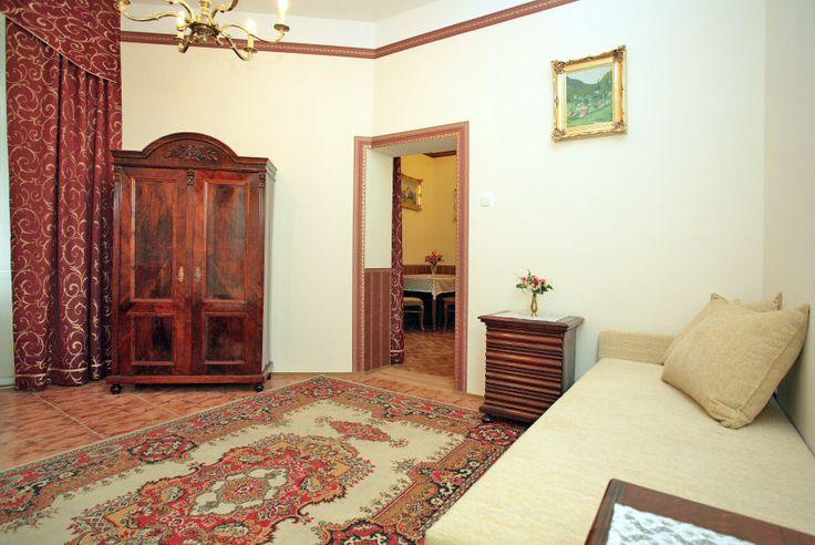 Przestronne wnętrza apartamentu i lokalizacja w spokojnej okolicy pozwolą Państwu na chwile relaksu i odpoczynek w Krakowie http://apartamenty-florian.pl/krakow