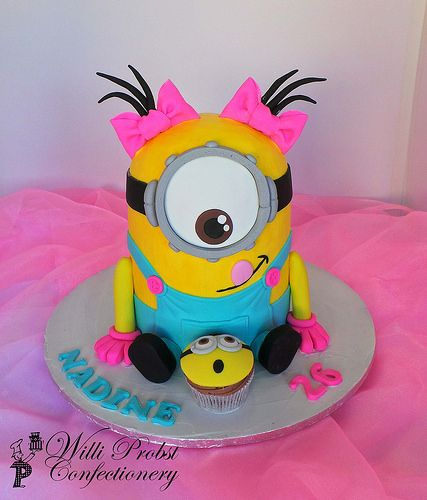 Girls Minion birthday cake | Flickr - Photo Sharing!