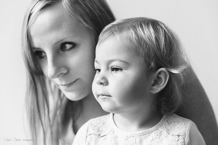 Fotografia rodzinna Jelenia Góra. Sesje plenerowe i studyjne. Zapraszam! Oferta dostępna na stronie http://klaudiacieplinska.pl/fotografia-oferta/
