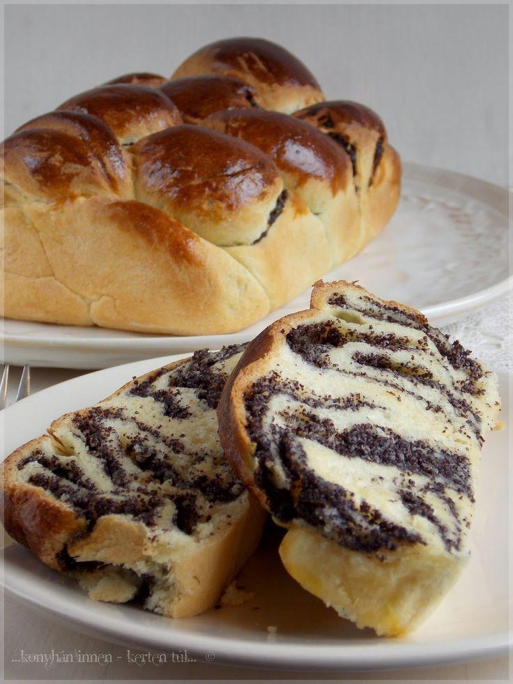 Nagyon szeretem a mákos sütiket, bár ez a blogról még nem igazán derült ki, mivel nagyon régen nem sütöttem ilyesmit. M...