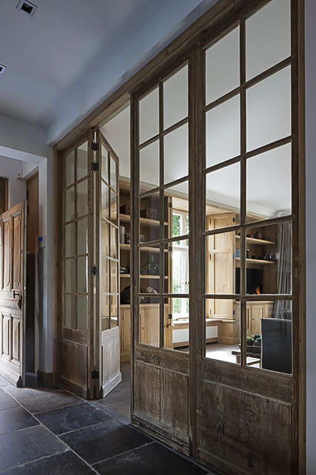 Have internal windows always intrigued you? Want to have them in your house somehow? Read our blog post for some inspiration!