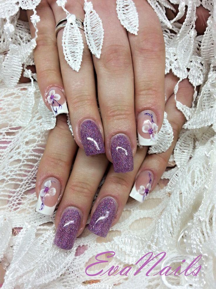 fialovo bílé francie gelové nehty