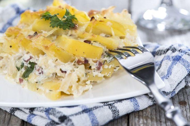 Das die einfachsten Rezepte gleichzeitig auch die besten sind, beweist dieser wunderbare cremige Kartoffelauflauf mit Schinken.