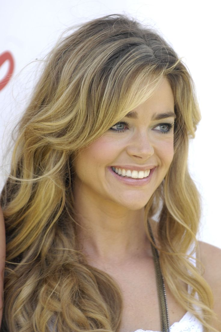 Denise Richards (1971) is an American actress and a former fashion model