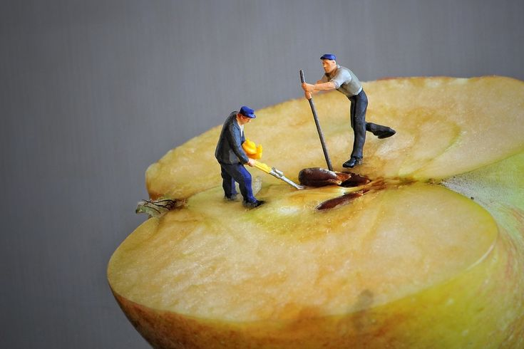 Jak očistit jablko a hrušku?
