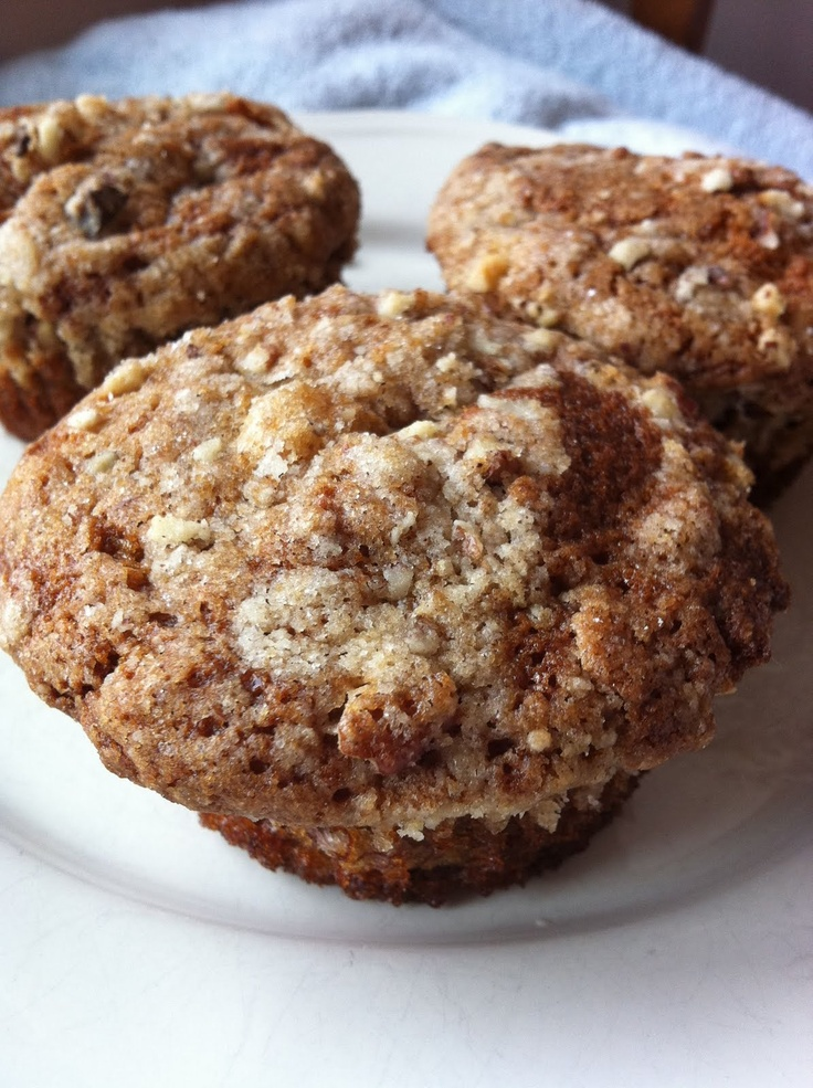 Made these.....amazing! A Whisk and A Prayer: Banana Nut Muffins