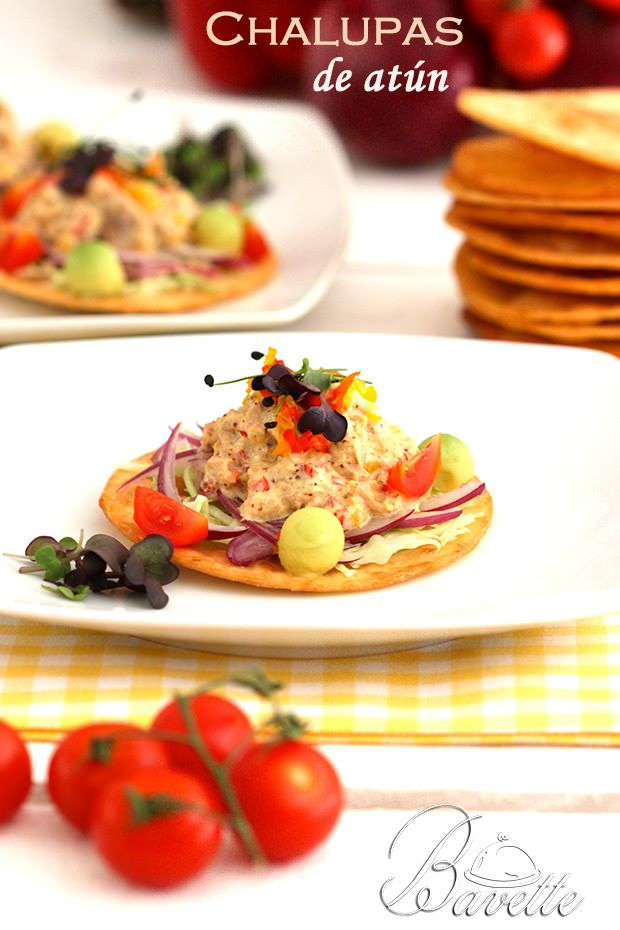 Las chalupas son un platillo típico mexicano, tienes que probarlas con este delicioso atún son perfectas para la hora de la comida o cena.