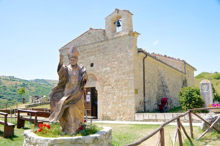 L'Aquila, Abruzzo, San Pietro della Ienca, Statue of Pope Giovanni Paolo II #Sanpietrodellaienca #Italy #Pope #GiovanniPaoloII #pickoftheday #L'Aquila