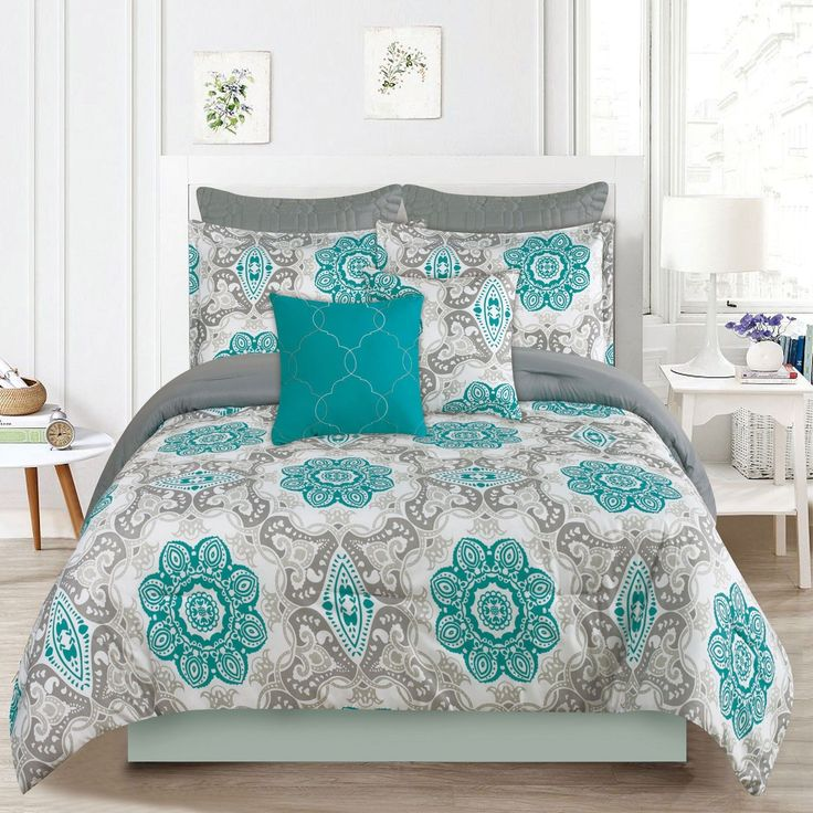 Crest Home Sunrise Queen Size Bedding Comforter 7 Pc Bed