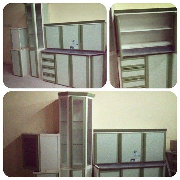 للبيع مطبخ 6 قطع بحالة ممتازة لون اخضر فاتح السعر 40 Bd Home Decor Decor Home