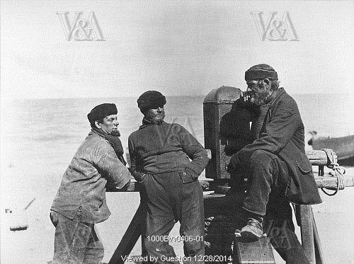 Deal Boatmen, photo Paul Martin. England, 1886