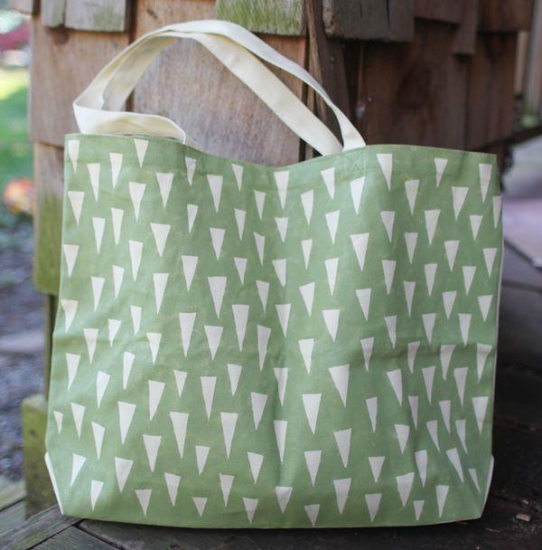 tote bag DIY :: so easy, and so cute!