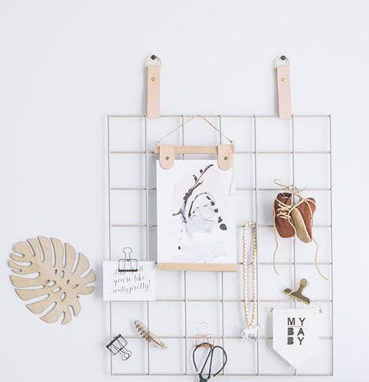 Mixing  functionality and style our Grid Mood Board allows you to display current projects, goals, ideas, photo's, design objects and memos whilst looking pretty darn good.