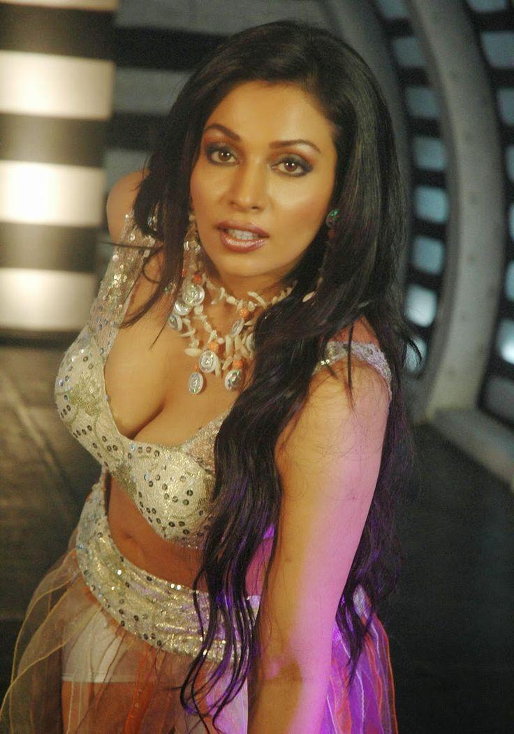 Village Aunty New Bollywood