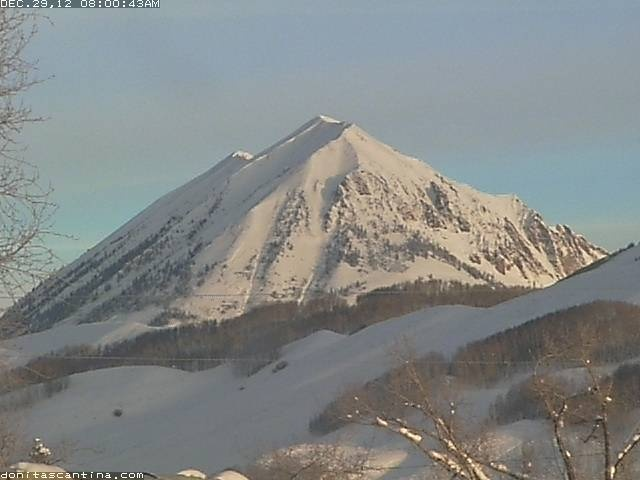 Donita's Elk Ave Cam Webcam -  For more info on vacation rentals and our GREAT DISCOUNTS on ski rentals and tickets in CRESTED BUTTE and ASPEN, COLORADO, visit http://www.greatcrestedbuttelodging.com/