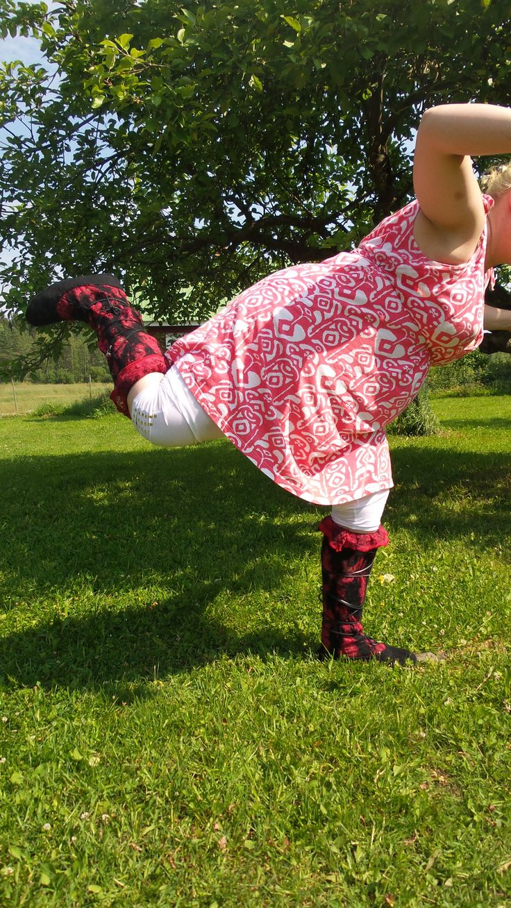 Lace and felt- summerboots.  Who says you can use felt boots only in winter?