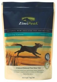 ZiwiPeak Cusine Dog Ciervo y pescado pienso para perro. Pienso para perros ZIWIPEAK CUSINE DOG CIERVO Y PESCADO. Alimento / Comida para perros indicada para adultos menores de 7 años de todas las razas. - Ziwipeak es una marca de nutrición muy avanzada pensada y elaborada con productos de Nueva Zelanda. Ingrediente principal: Carne. En Petclic ahorras mas de un 35% en todas tus compras de piensos y alimentación para perros. Mas de 5.000 productos de alimentación rebajados. www.petclic.es