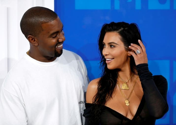 Kim Kardashian And Kanye West Have Welcomed A New Baby Girl Kanye West And Kim Kim Kardashian And Kanye Kim Kardashian