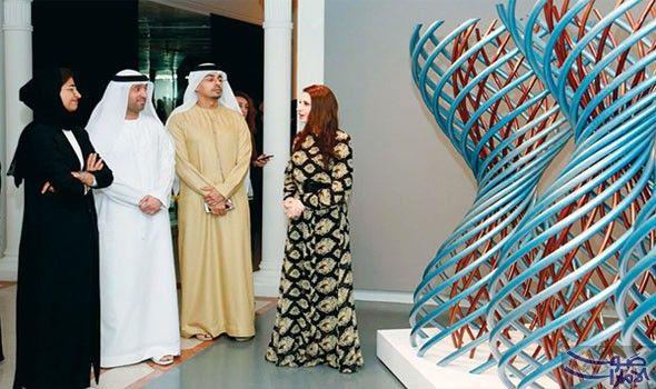 نورة الكعبي تشيد بالأعمال المشاركة في مهرجان الفنون الإسلامية