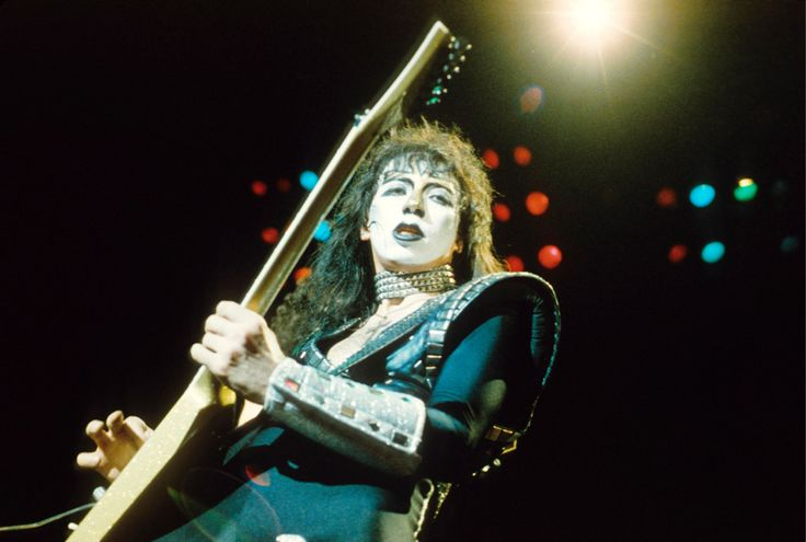 The Long Kiss Goodbye: The Search for Vinnie Vincent - rolling stone article