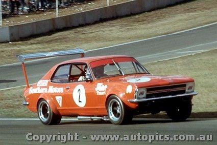 71017 - John Harvey - Holden Torana - Oran Park 1971 - AUTOPICS