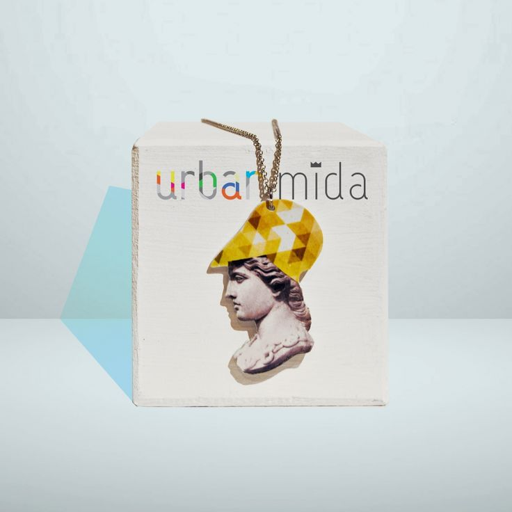 Necklace with pendant, collection URBAN MIDA. Character: ATENA. Available in two models: Plexi (with plexiglas body) e Inox (with stainless steel body). Designed and created by Angela Sottile Urban Mida is a production POLIARTE