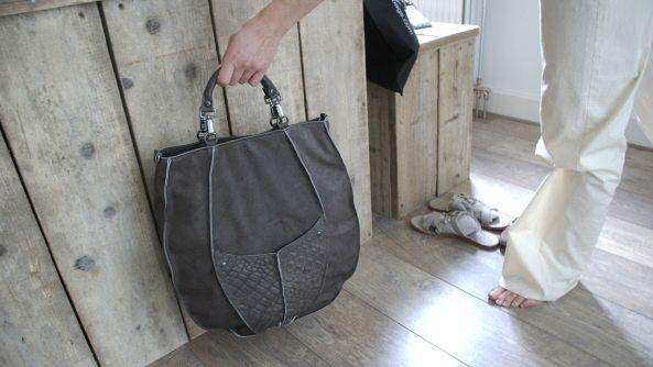 Als tassen ontwerper nu handig al je fournituren en leer online bestellen