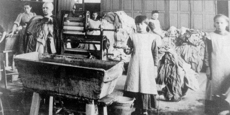 Poche settimane fa il Comitato contro la tortura dell'ONU aveva sollecitato il governo irlandese ad istituire un comitato per indagare sulla vicenda delle lavandaie schiave irlandesi.
